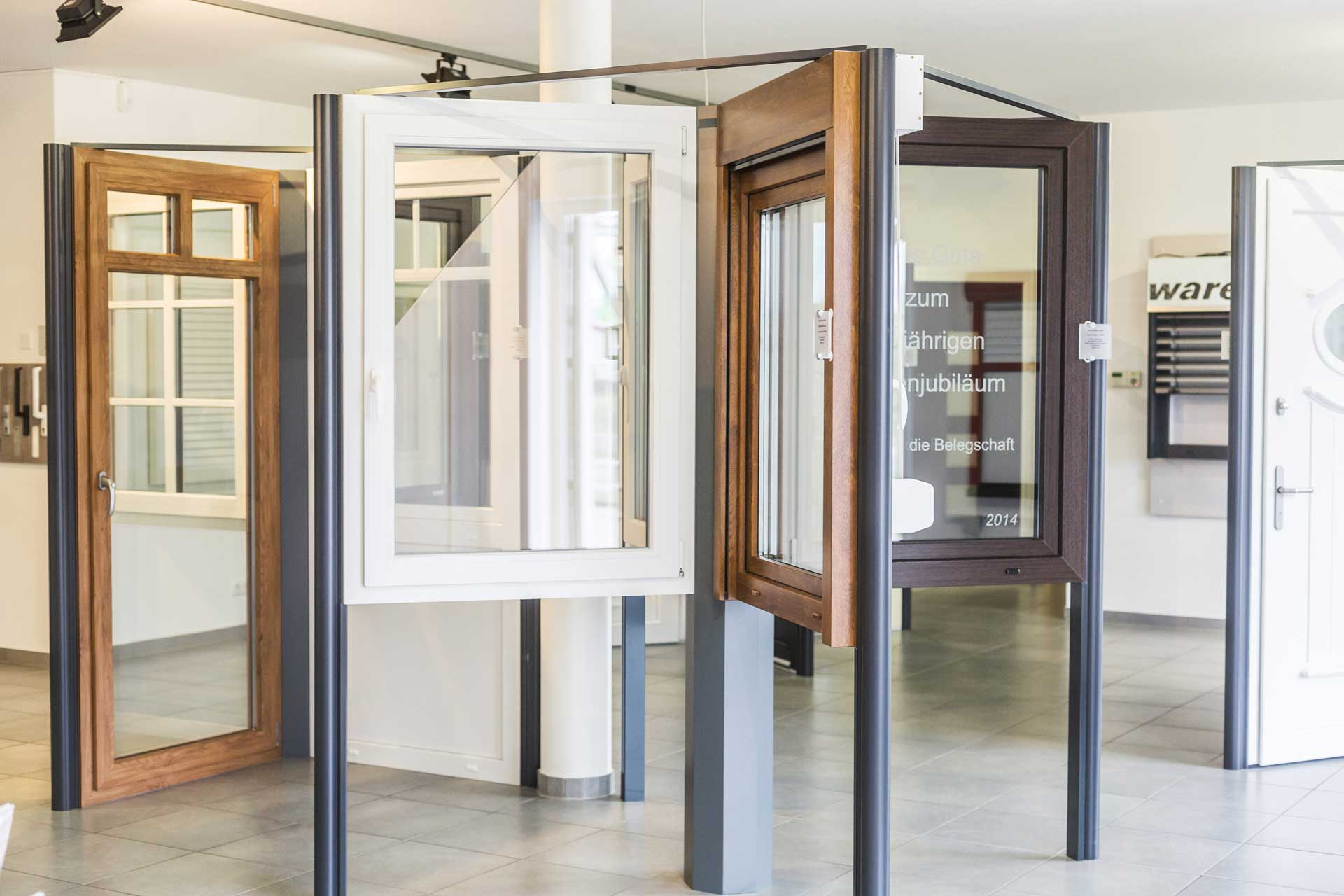 Fenster im Ausstellungsraum 1920x1280 | Koopmann&Hermes